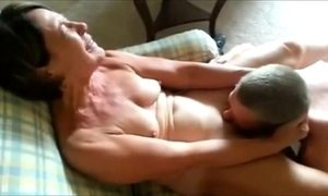 lady  mature  oral